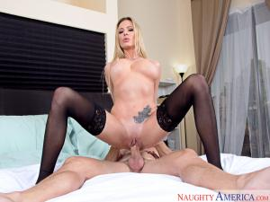 [naughtyamerica]My Friend's Hot Mom